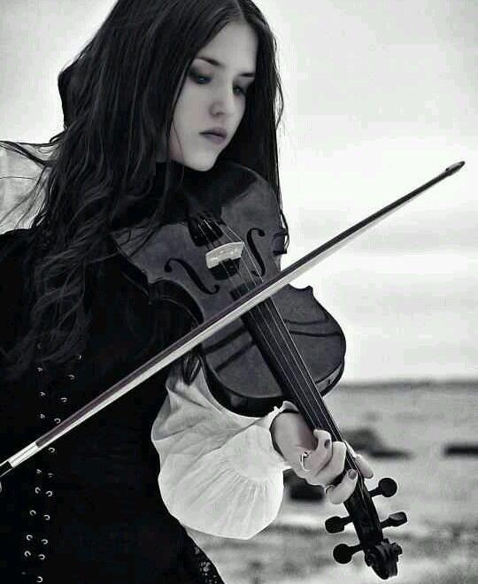 lei ragazza violino