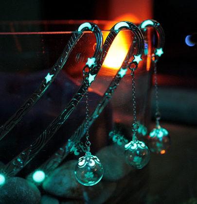 I favolosi segnalibri luminosi realizzati da Manon Richard