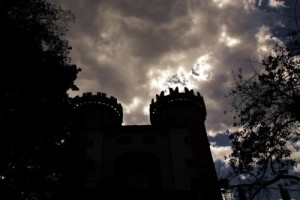 castello e nuvole-le tazzine di yoko
