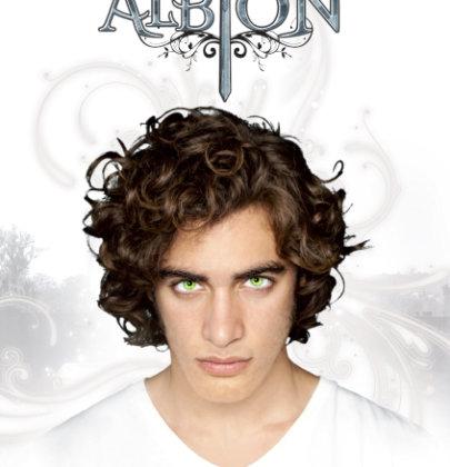 """Recensione a """"Albion"""" di Bianca Marconero"""