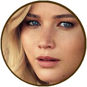 Jennifer Lawrence lei