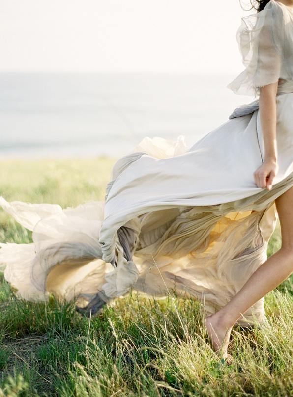 greek-goddess-greek-goddesses-grecian-wedding-inspiraiton-flowy-wedding-dresses-grecian-wedding-dress