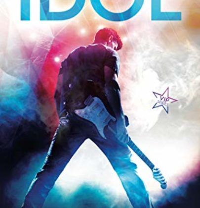 """Arriva """"Idol"""", il primo romanzo della serie VIP di Kristen Callihan"""