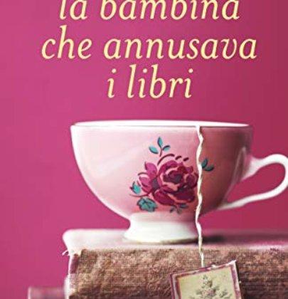 """Recensione a """"La bambina che annusava i libri"""" di Manuela Chiarottino"""