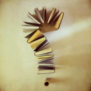 libri a punto di domanda-le tazzine di yoko