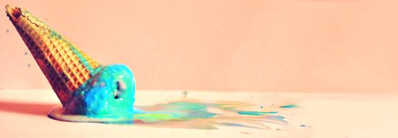 macchie di colore sul blog letterario de le tazzine di yoko - solamente unghie