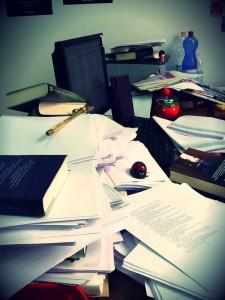 scrivaniadell'editor-le tazzine di yoko