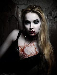 Portrait of the very pretty woman vamp