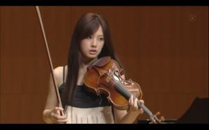 violinista riko-le tazzine di yoko